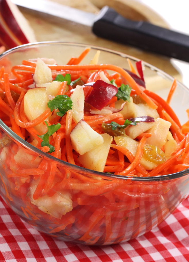 Apple Carrot Ginger Salad