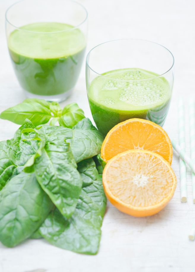 Orange & Green Detox Smoothie